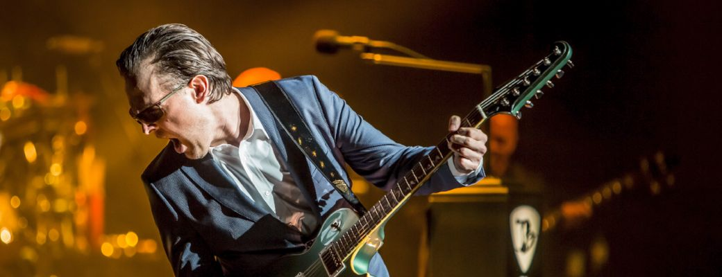 Joe Bonamassa Feature